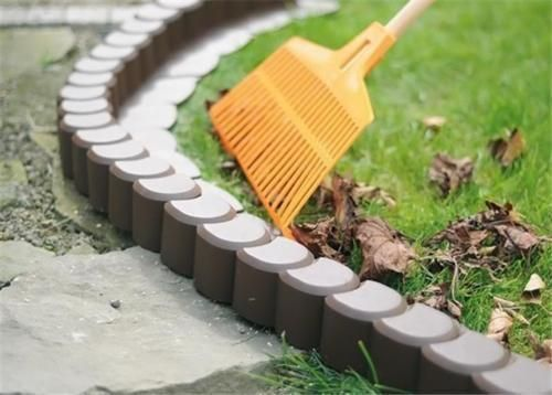 Plastic-Garden-Fence-Panels-Boarder-Lawn-Palisade-Edge-Patio-Fencing-BROWN-AP1
