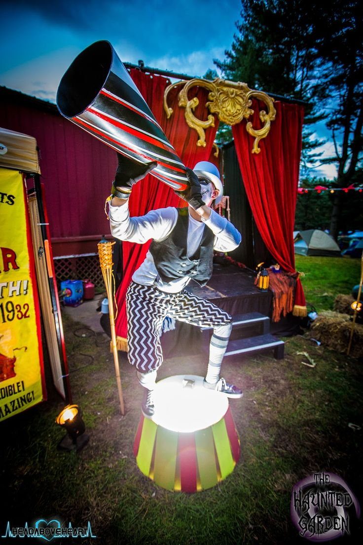 Best 25+ Creepy circus ideas on Pinterest | Circus performers ...