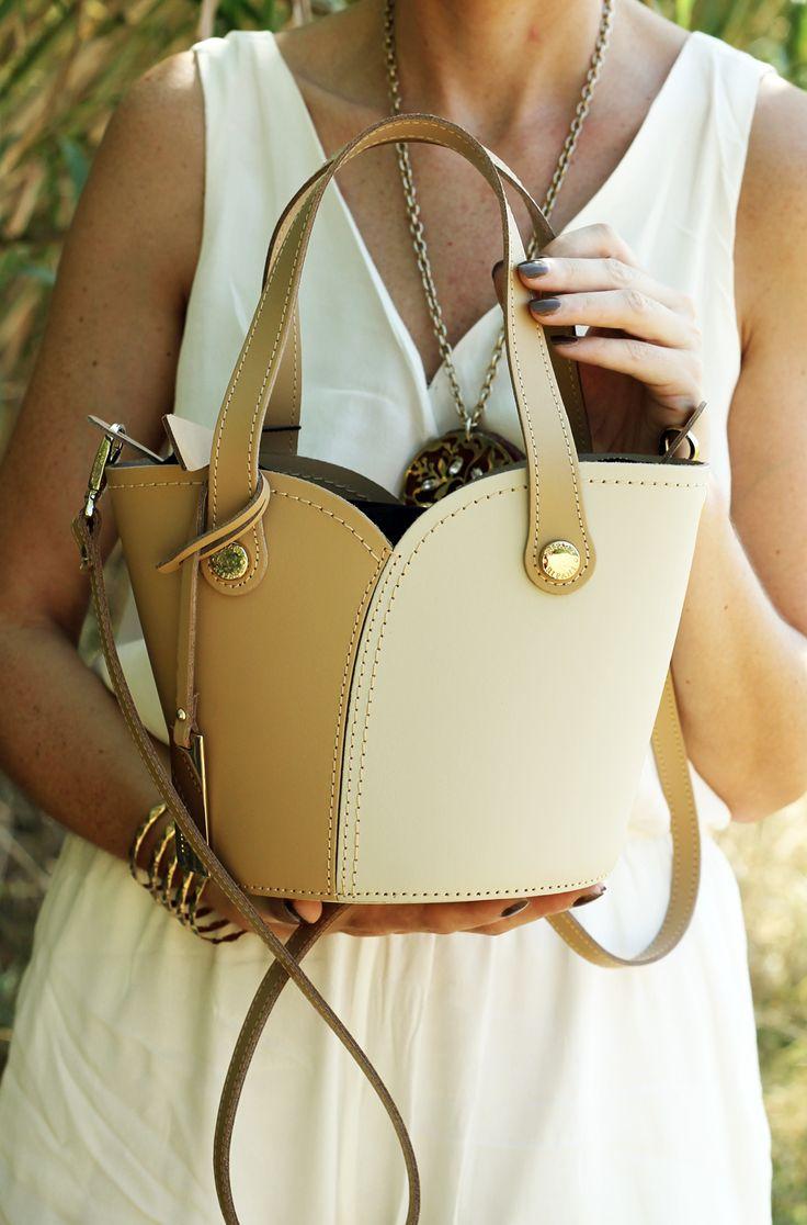 @ripanibags mod. spaccacuore Now live on my blog! Here http://amemipiacecosi.blogspot.it/2015/08/le-borse-ripani-uneccellenza-tutta-made.html  #bags #bag #madeinitaly #fashionblogger #ootd #outfit #borsa #borsaestiva #summerbag #ripanibags #fashion #modafeminina #blogueira