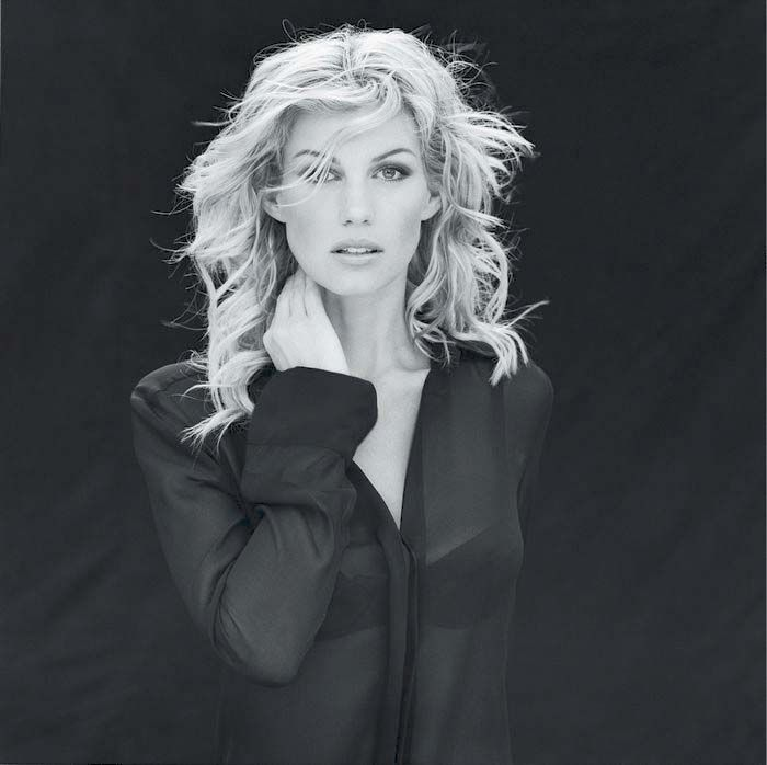 faith hill upskirt - Faith Hill One of the biggest female country stars of the and Faith Hill  also took advantage of the inroads Shania Twain made into pop territory, ...