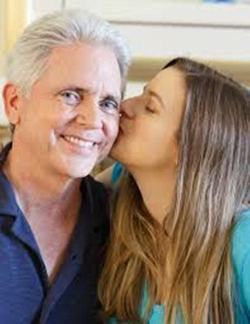 older women seeking younger men free dating