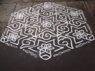 Rangoli designs/Kolam: S.No. 64 :-25-13 pulli kolam - interlaced dots kol...