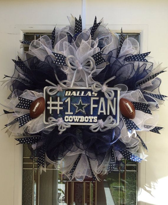 SOLD Dallas Cowboys NFL Deco Mesh Wreath by DECObyZINK on Etsy