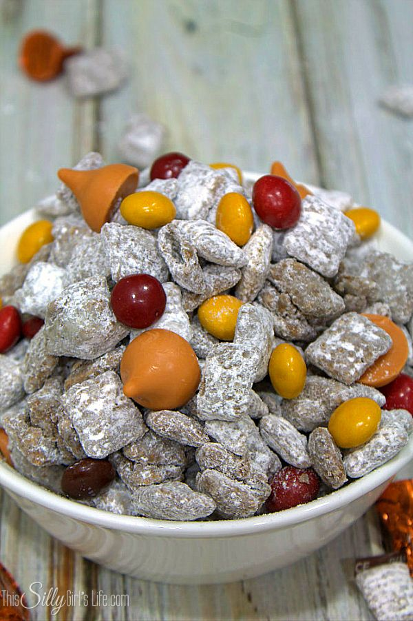 Patch Munch, traditional muddy buddies dusted with pumpkin pie spice ...
