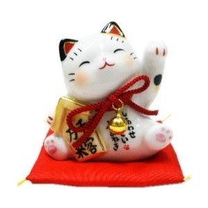 """KHATUCAI: La verdad sobre los """"Gatos Chinos de la Suerte"""" o """"MANEKI NEKO"""""""