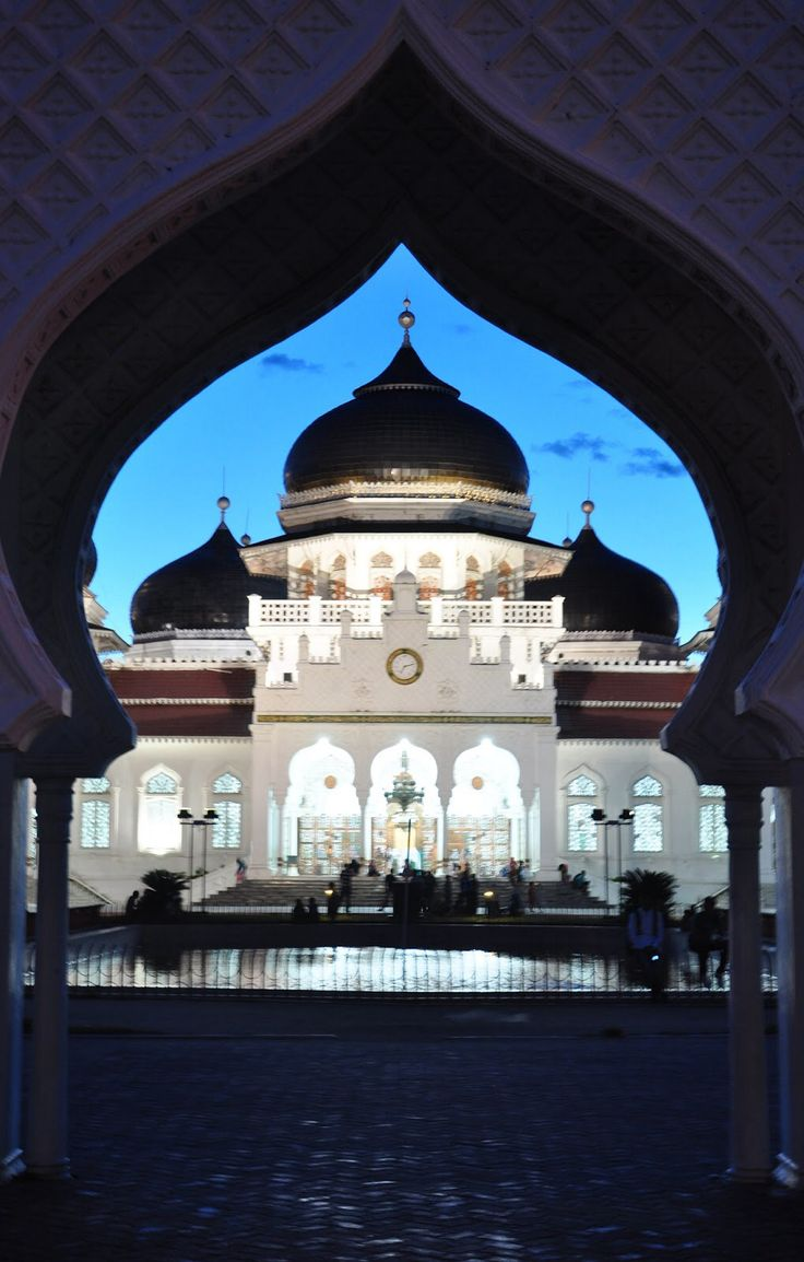 """Banda Aceh,Indonesia. This is the one of the great mosque in here. Named """"Mesjid Raya"""". In the center of Banda Aceh."""