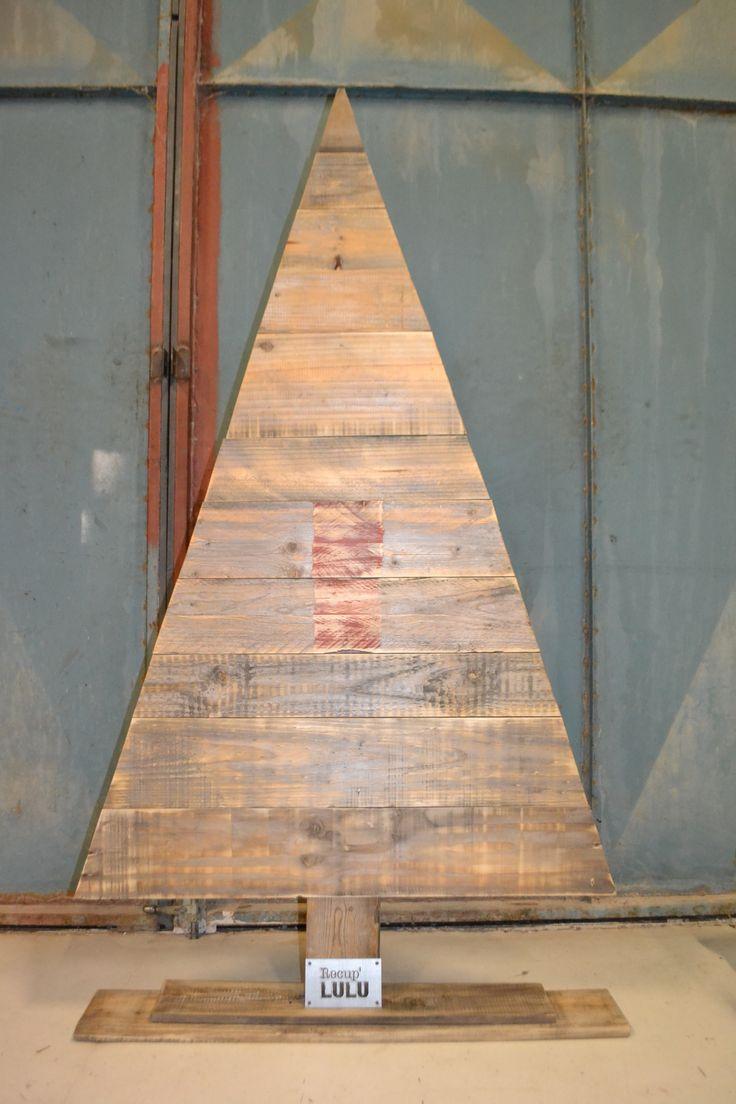 Sapin réalisé à partir de planches de palox by récup'LULU à Cavaillon, France
