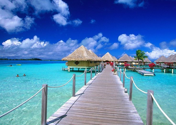Beach Huts Beautiful Desktop Photo. Take a look at this nice wallpaper!