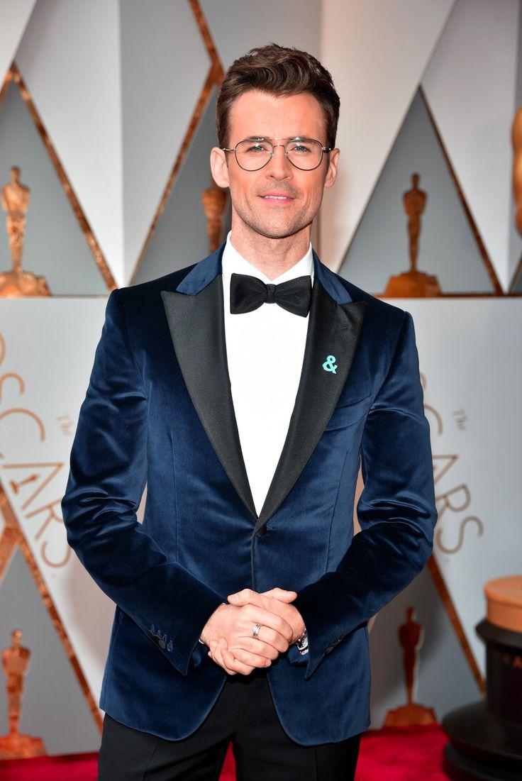 Brad-Goreski-Isaia-custom-tuxedo-suit.jpg (1368×2048)