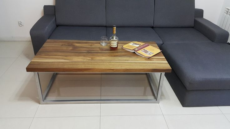 Stolik Trave z drewna orzechowego #table #coffee #coffeetable #home #modern #design #homedecor #homedesign #furniture #metal #wood #wooden #walnutwood