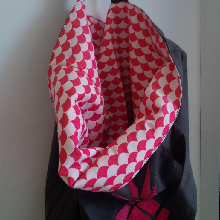 Sac ananas réversible disponible sur http://www.alittlemarket.com/autres-sacs/fr_sac_cabas_reversible_ananas_interieur_motif_japonais_-17027824.html