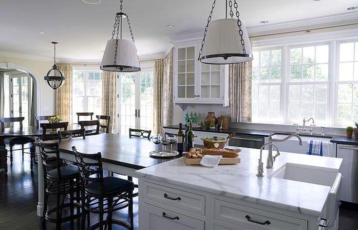 Alisberg Parker Architects White kitchen cabinets, oil rubbed bronze