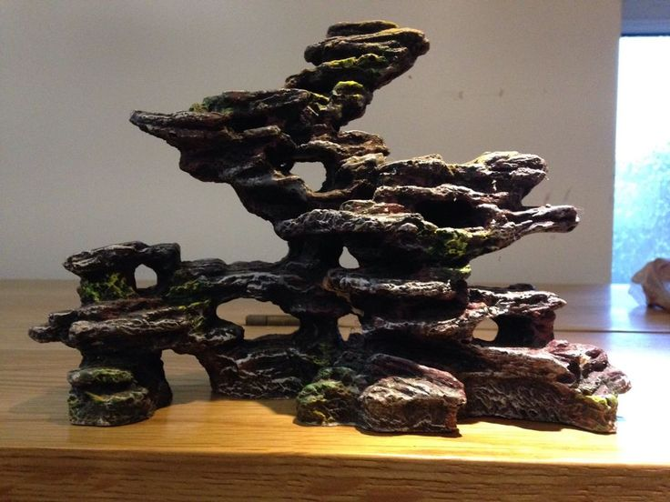 Aquarium Large Rocky Structure Ornament Approx 10  By 6