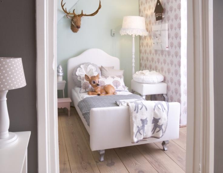 112 best meisjeskamer images on pinterest bedroom ideas nursery