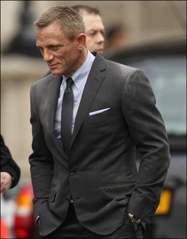 Daniel Craig Takes Over The Streets To Film Skyfall