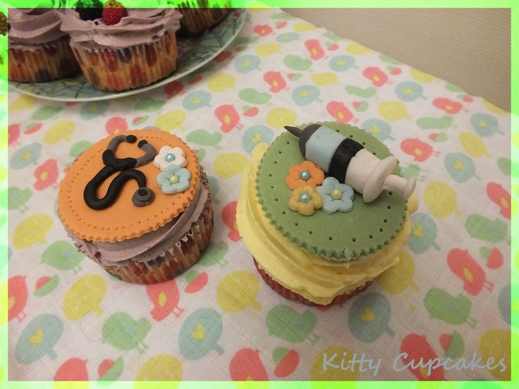 Doctor cupcakes  - By Kitty Cupcakes