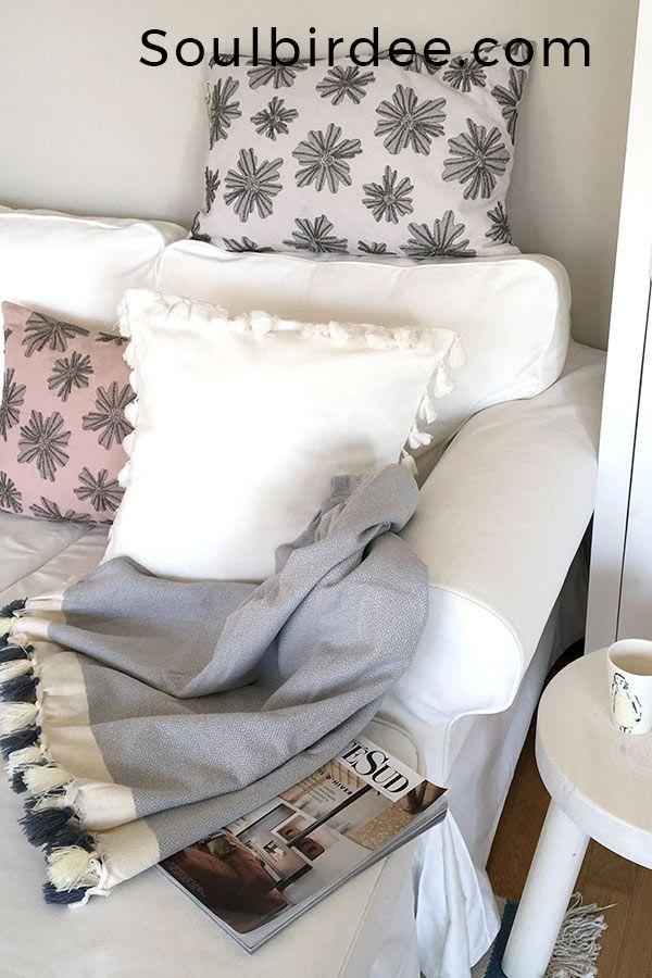 LOOK mit Altweisser Kissenhülle und rosa Puder Kissenhülle und - farbe puderrosa kombinieren wohnen