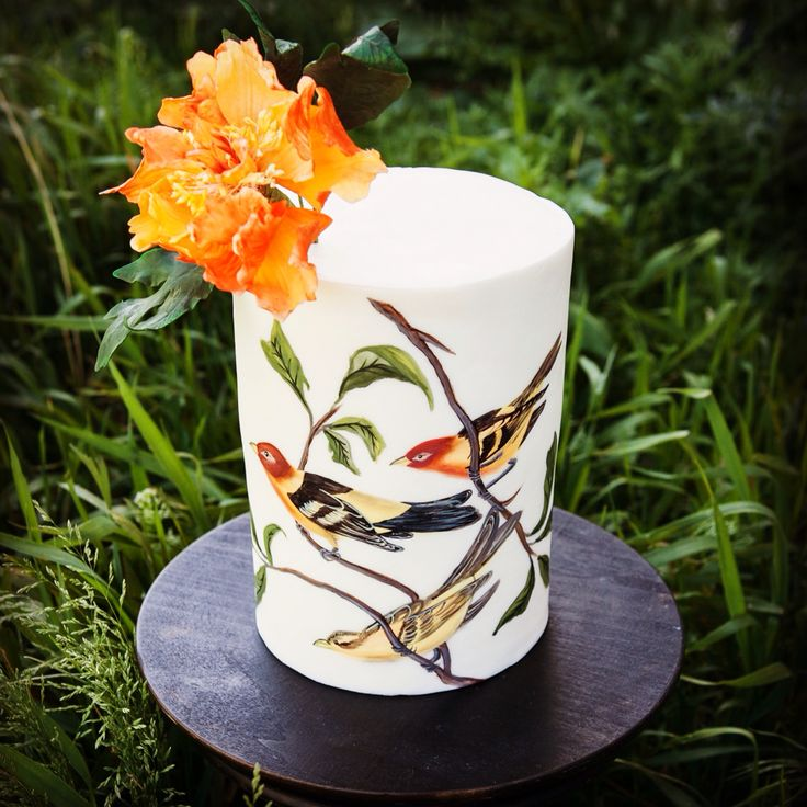 52 best my elle 39 s belles wedding cakes and dessert tables for Table 52 hummingbird cake