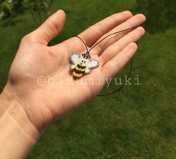 Şapşal arı kolye ☺️