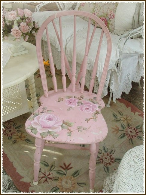 Stenciled furniture a collection of diy and crafts ideas - Sillas para tocador ...