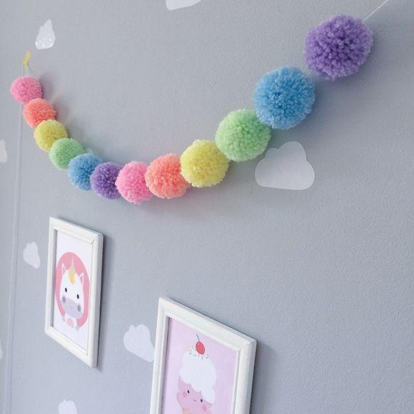 Varal de pompom - Arco Íris Pastel