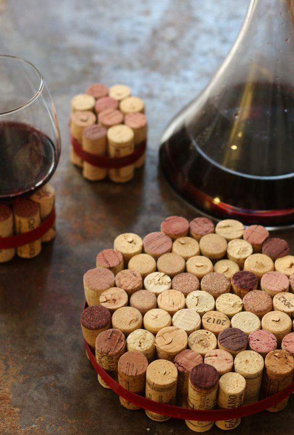 DIY wine cork trivets!