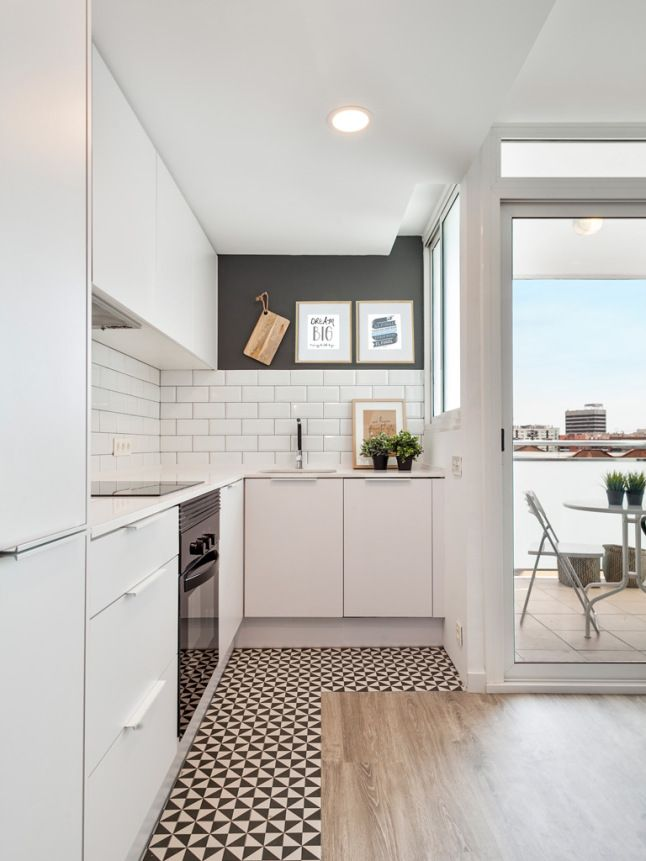 modern kitchen -= black and white