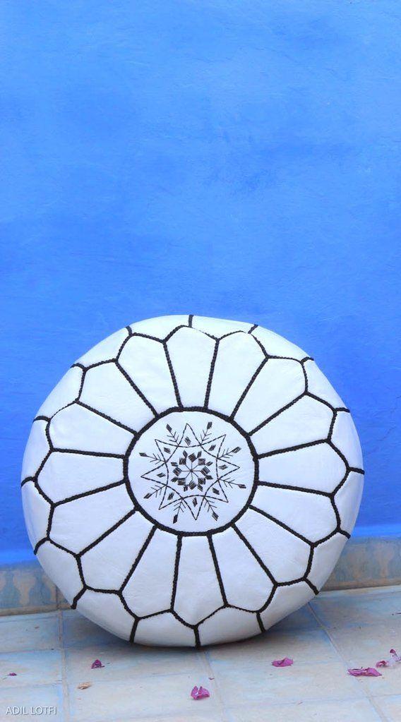 Die besten 25+ Moroccan leather pouf Ideen auf Pinterest - terrasse einrichten ideen pouf