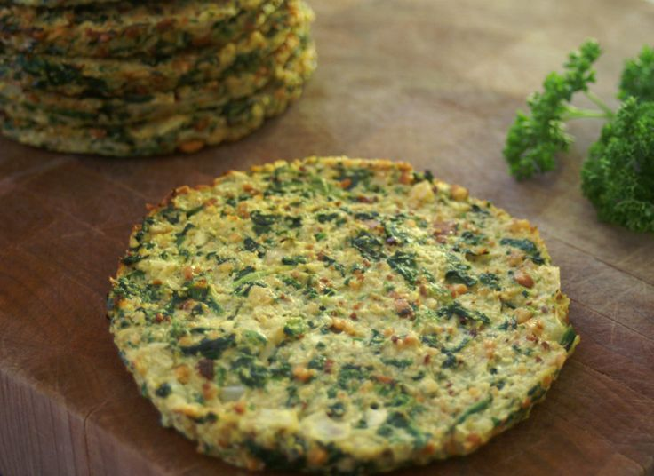 Paleo Cauliflower and Spinach Breakfast Bread - They are a vegetable (cauliflower and spinach) packed, Paleo alternative to bread (but not so good for sandwiches). #paleo #lowcalorie