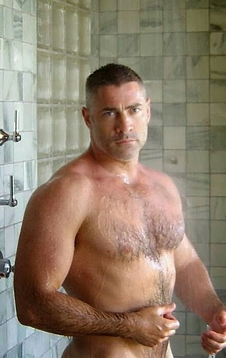 Naked daddy shower sehr