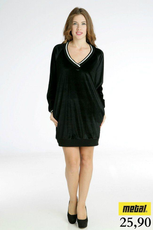 *Φόρεμα βελούδινο με βε και ρίγα. *Τιμή: 25,90 *Μέγεθος: One-size *Χρώμα: Μαύρο, Γκρι *Κωδικός: FORE-2491