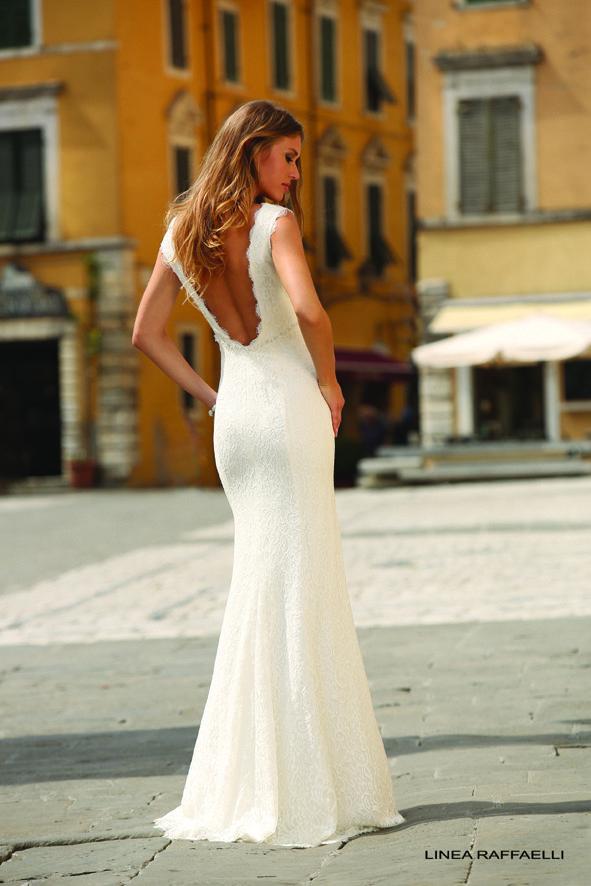 Een trouwjurk met mooie rugdetails, dé trend in trouwjurken. | Trouwshop.comTrouwshop.com