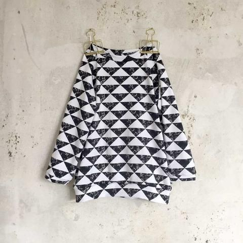 Sweatshirt - Black Marble