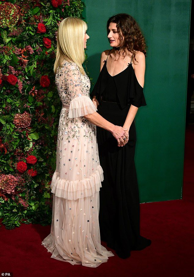 Joely Richardson 53 Oozes Elegance On The Red Carpet Alongside Her Mother Vanessa Redgrave 81