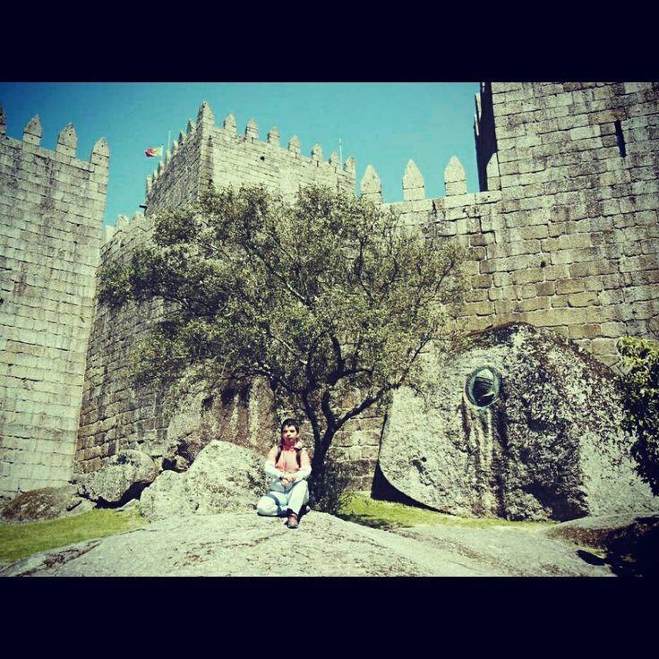 Castillo de Guimaraes en Portugal http://bit.ly/26JxYex