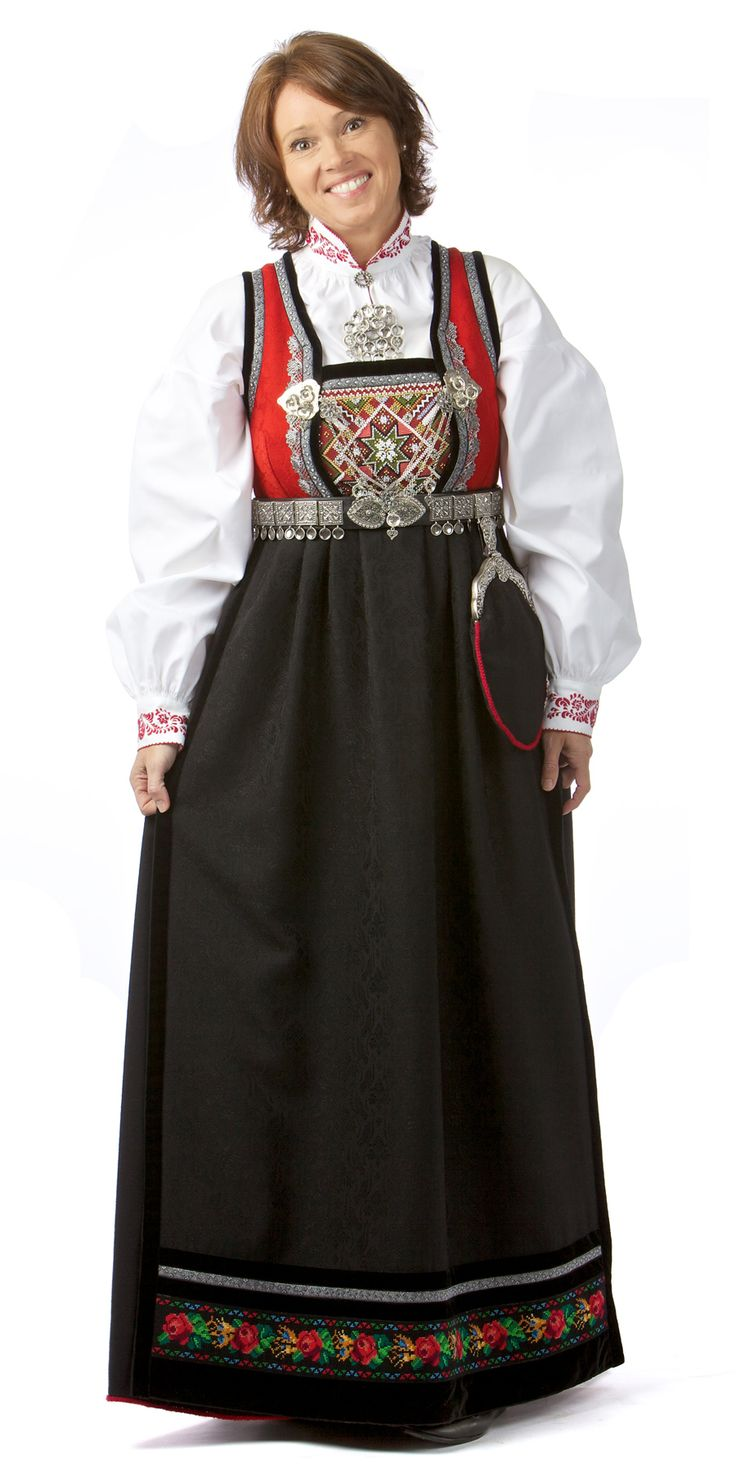 National Costume (Rukkastakk) from Buskerud County
