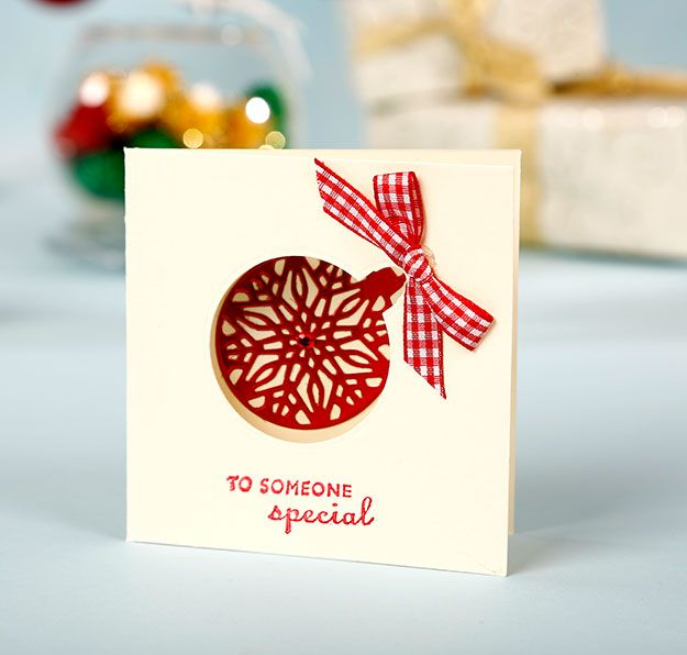 Simply Cards & Papercraft 129 with your FREE Crafter's Companion Christmas bauble die. Get your copy here: http://www.moremags.com/papercrafts/simply-cards-papercraft/simply-cards-129