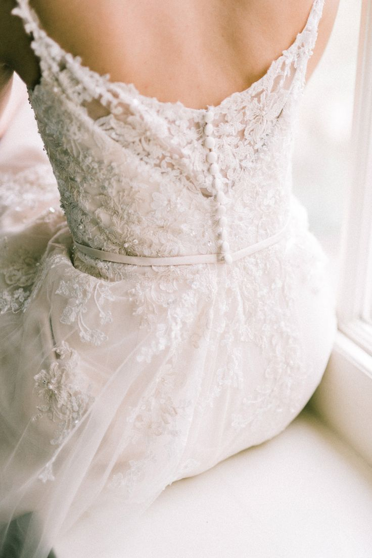 Lace Wedding Dress with Button Back | | Arabella Smith Fine Art Weddings