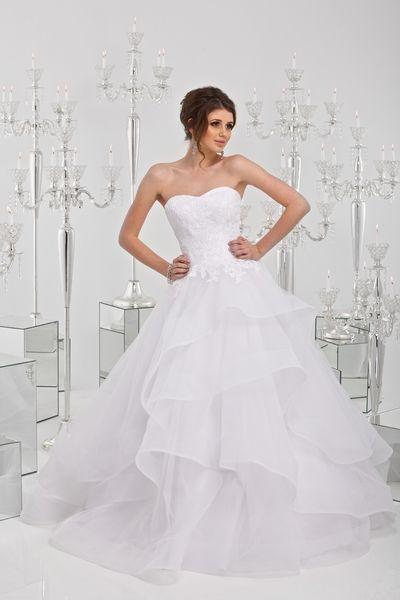 Mejores 19 imágenes de trajes de boda en Pinterest | Trajes de boda ...