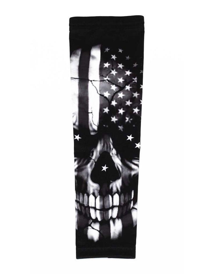 Monochrome skull US American flag football baseball compression arm sleeve #baseballsleeves #USAFlag #AmericalFlag #Skull #Halloween #FootballGear #BasketGear