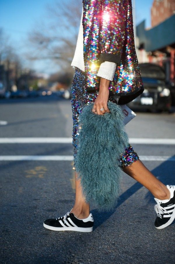 sneakers / adidas / fur / sequins / bomber jacket / skirt / blue / street style / chic outfit / black and white