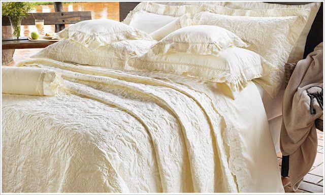 Nicce Burlamaqui : Jogos de cama luxuosos