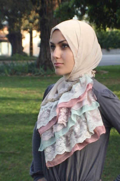 Hijab/ruffle (I think I know her)
