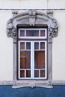 Ernesto Korrodi - as janelas [Casa de José Pedrosa d' Agostinha, Arrabalde de Além, Leiria]
