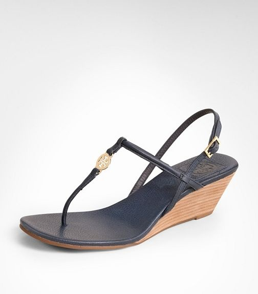 Love Tory burch sandals!! Emmy Demi WedgeBurch Sandals, Summer Sandals, Summer Wardrobes, Emmy Demi, Tory Burch, Site Toryburch Us Sitting, Emmy Wedges, Navy Tory, Demi Wedges