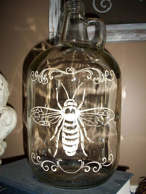 """The Concrete Cottage: There's a Bee in My Wine! DIY jug - made with a """"Silhouette Cameo"""" machine ...."""