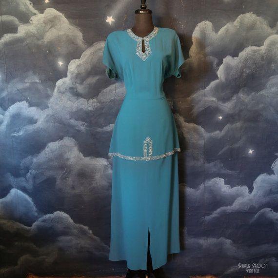 Vintage des années 1940 rayonne perlée Turquoise longue robe formelle avec Peplum - grande taille