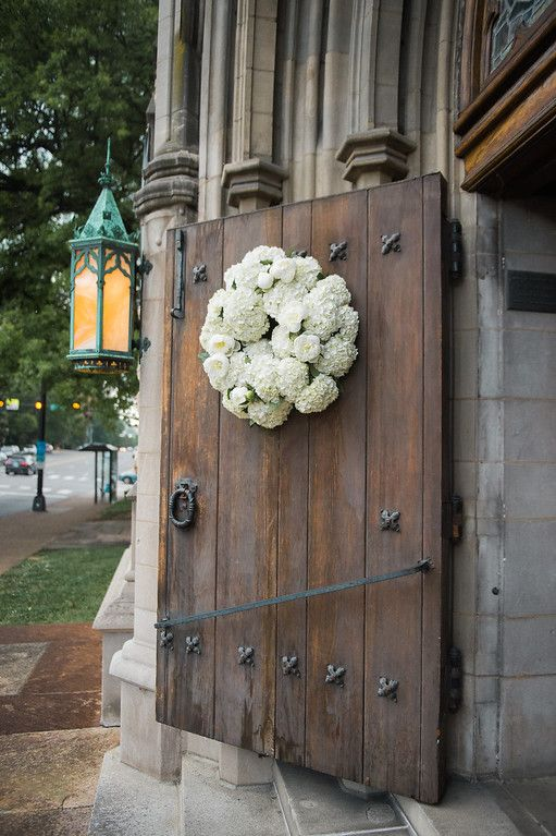 Planner: Angela Proffitt Venue: West End United Methodist Church, Nashville Photographer: Stephanie Reeder Photography