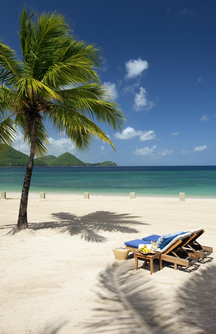 Great beach in Sandals Grande St. Lucian, peaceful place!!