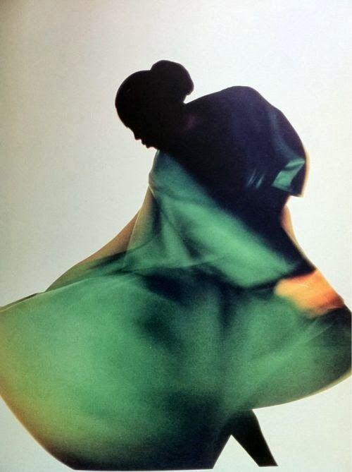 ph. Nick Knight (1987), Yohji Yamamoto dress